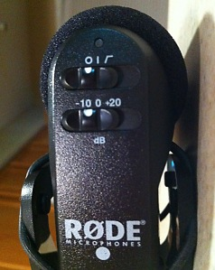 backside of Rode VideoPro Mic